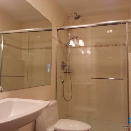 Finished Basement Bathroom Pictures: Basement Finishing And Completing Unfinished Basements